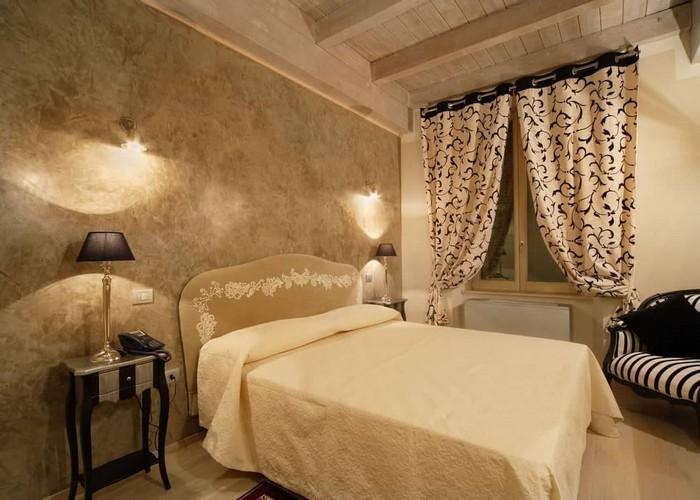 Camere standard Hotel Fabriano Albergo matrimoniale singola dormire centro soggiorno vacanza economico cor