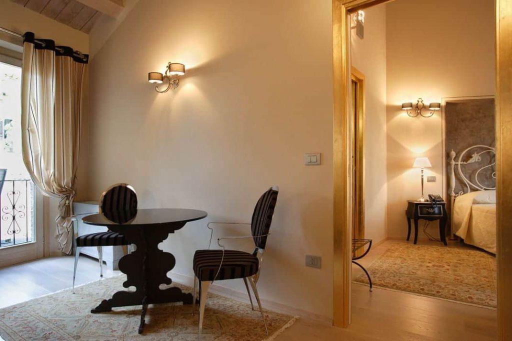 Camera Junior Suite Fabriano Hotel Albergo 4 stelle centro Genga Gualdo Cerreto Matelica