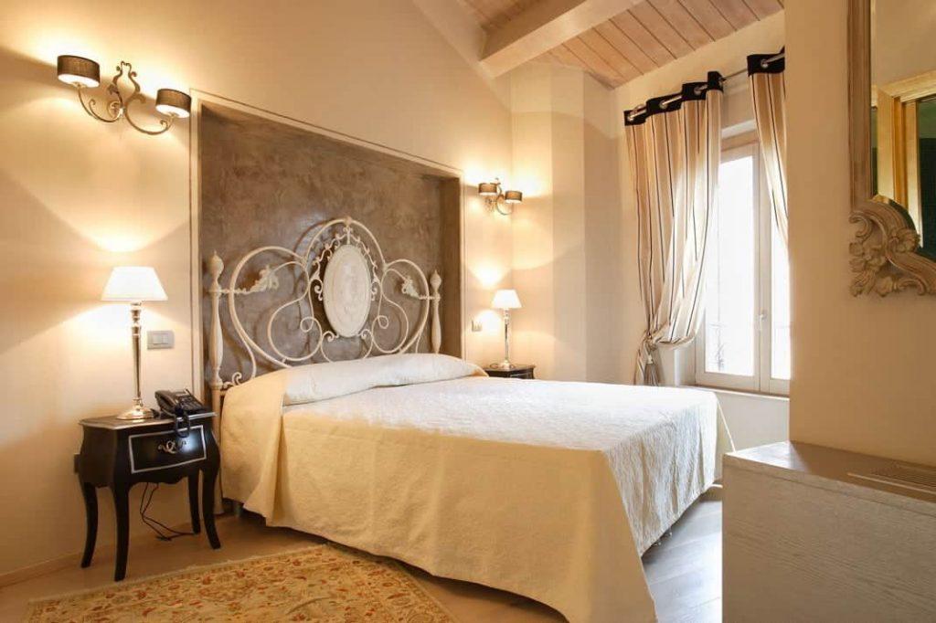 Camera Junior Suite Fabriano Hotel Albergo 4 stelle centro soggiorno lavoro business svago vacanza-min
