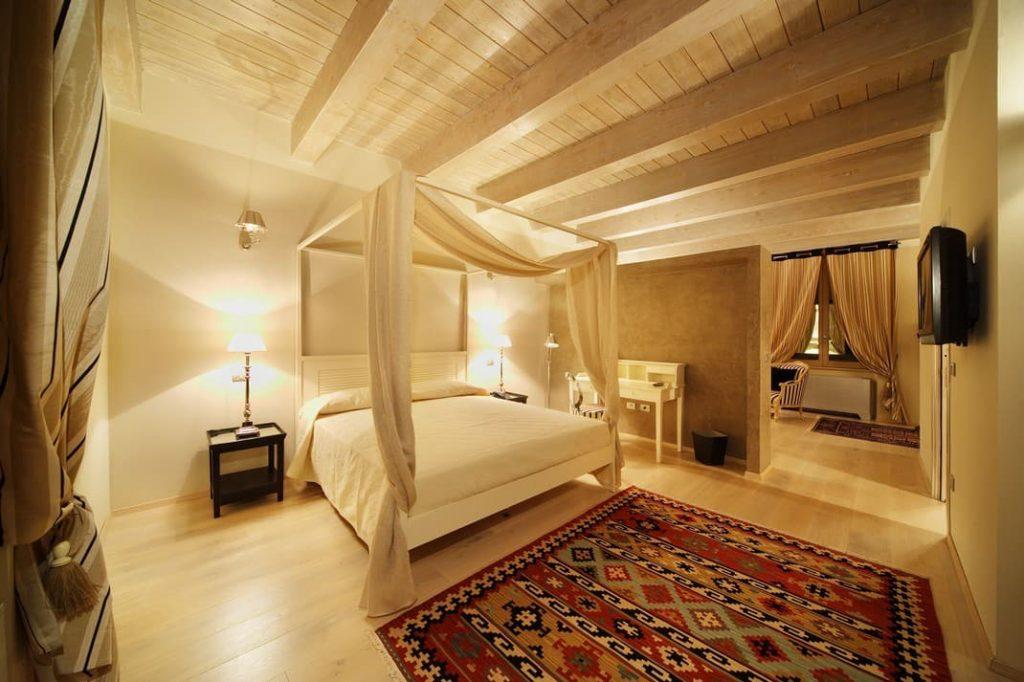 Suite Fabriano boutique Hotel 4 stelle centro lusso charme albergo Marche