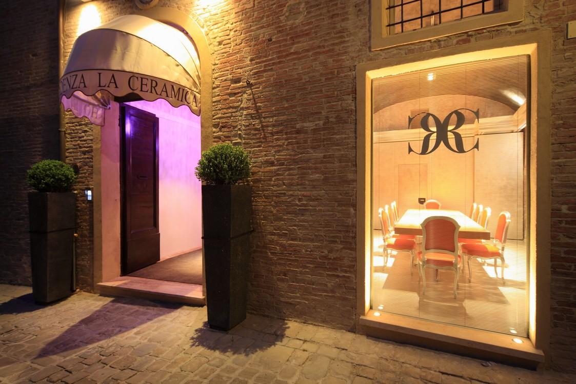 Hotel Fabriano business meeting Marche albergo sala soggiorno lavoro vacanza